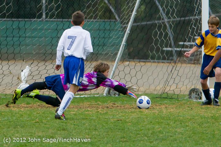7560_McM_Boys_Soccer_v_Casc-Chr_101012