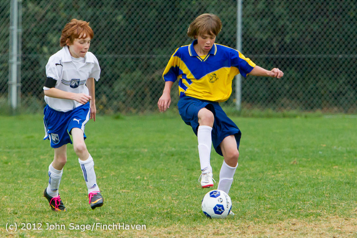 8311 McM Boys Soccer v Casc-Chr 101012