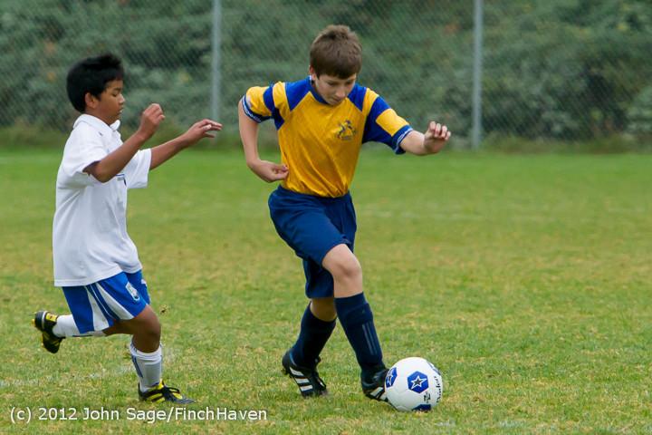 8334_McM_Boys_Soccer_v_Casc-Chr_101012