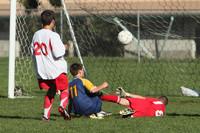 8867 McM Boys Soccer v Sea-Chr 092910