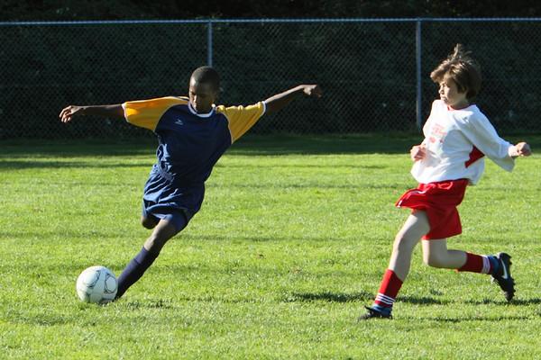 9023_McM_Boys_Soccer_v_Sea-Chr_092910