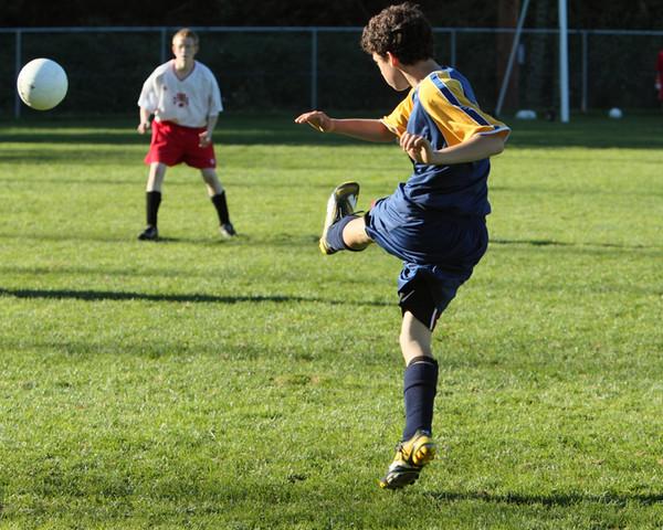 9422_McM_Boys_Soccer_v_Sea-Chr_092910