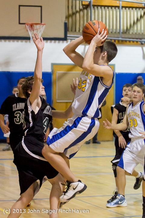 6319_McM_Boys_Varsity_Basketball_v_Klahowya_112612
