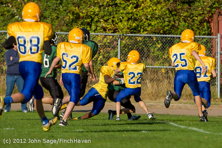2634_McMurray_Football_v_Klahowya_100312